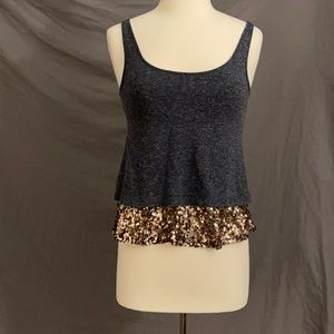 Tank top with sequence detail